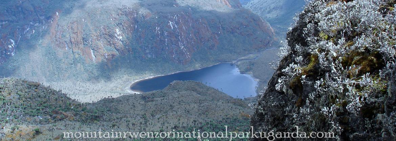 lake-Bujuku-rwenzori